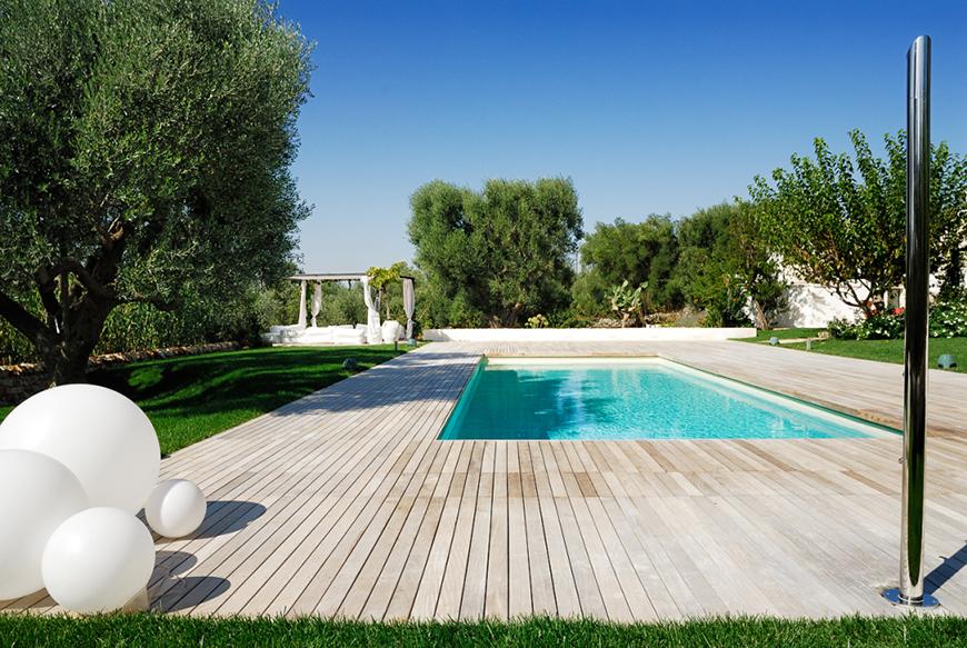 Studio Talent:Riqualificazione di una classica piscina preesistente che diviene un'